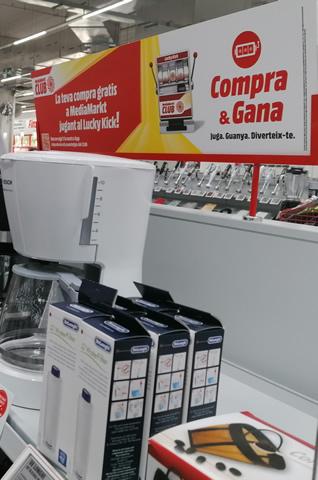 Open Print - Proyectos - MediaMarkt - Display Foam Gran Formato